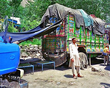 La pause des routiers à Saidu Sharif