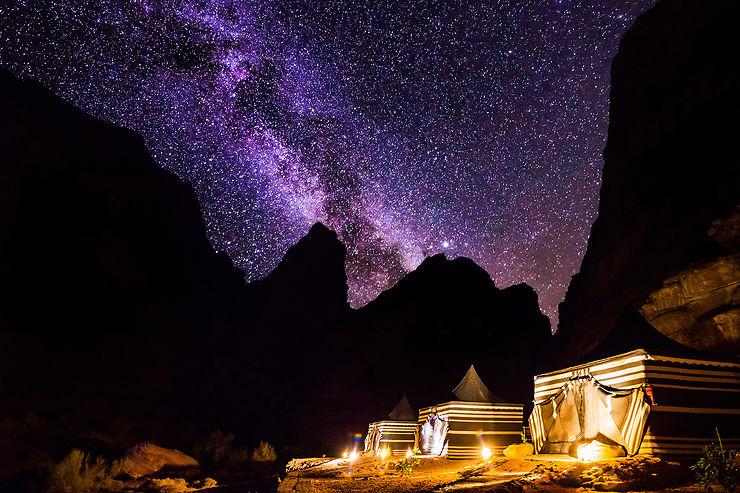 Une nuit de rêve sous les étoiles du désert