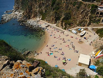 Petite plage à Tossa de Mar