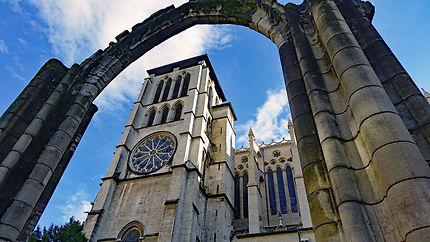 La Cathédrale Saint-Jean Baptiste de Lyon