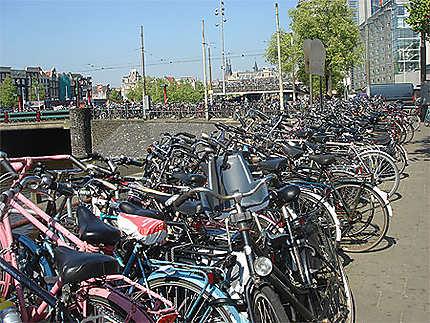 Amsterdam, aire de stationnement pour vélo