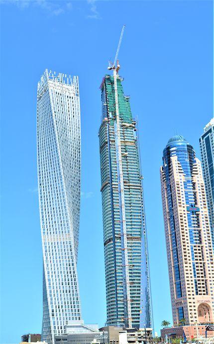 Torticoli à Dubaï