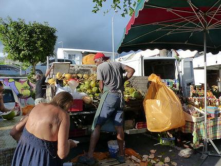 Le marché du vendredi soir