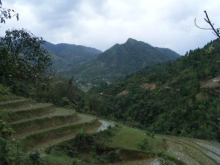 Vue sur Ta Phin depuis le gîte de Xi Quan