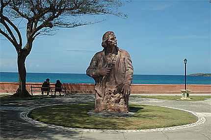 Statue de C. Colomb