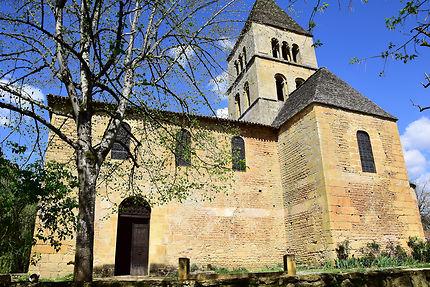 L'église de Saint Léon-sur-Vézère