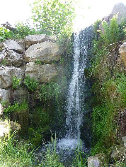 Mini cascade à Hunawihr
