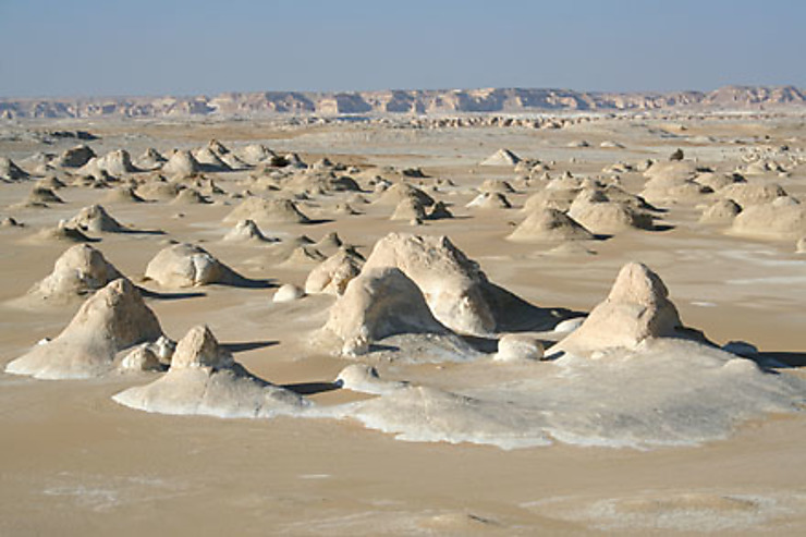 Bahareyya et les déserts noir et blanc