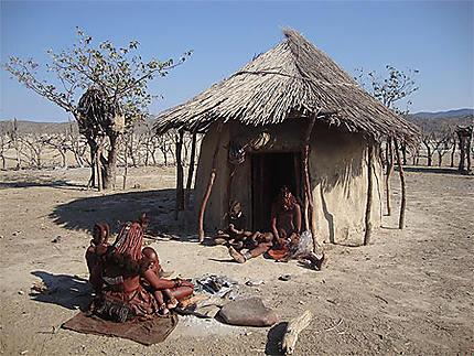 Petit village himba