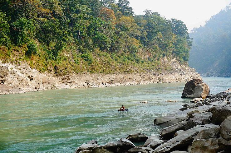 Arrivée dans la jungle du Népal