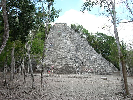 Cobá et pyramide Nohoch Mul, Mexique