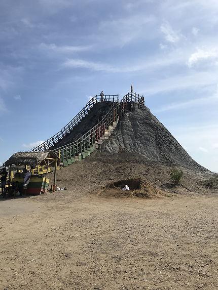 Volcan de boue de Monserrate