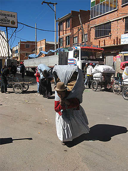 Frontière bolivienne à Desaguadero