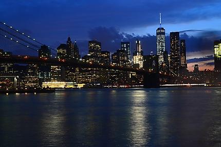 Nuit sur la skyline