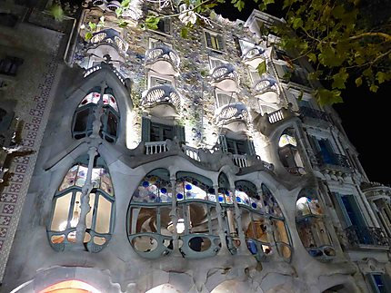 Casa Batllo de nuit