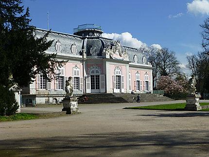 Profil du chateau de Benrath