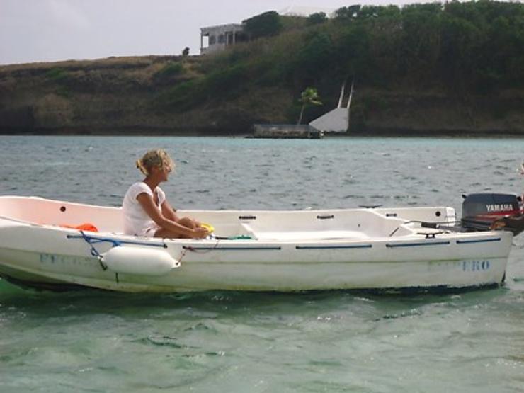 La Baignoire De Joséphine Avec Les Kayaks Des Ilets Du François