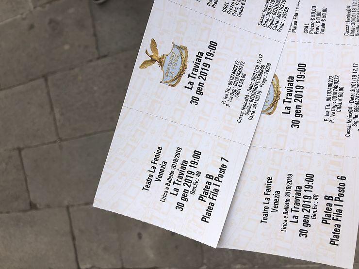 Places De Derniere Minute Au Guichet De La Fenice A Venise Forum