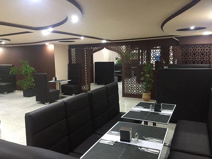 restaurant classe et pas cher au maroc forum maroc. Black Bedroom Furniture Sets. Home Design Ideas